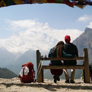 im Hintergrund ist Annapurna II mit 7937Hm (Ghyaru 3730Hm)